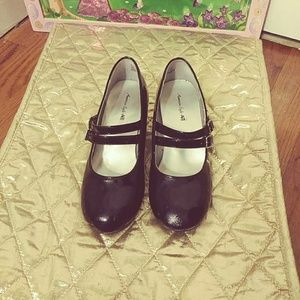 Girls Patent Dress Shoes